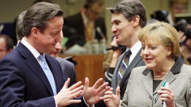 Cameron e Merkel discutem sobre o terrorismo