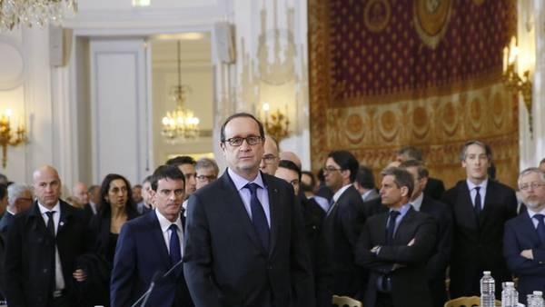 Francois-Hollande-Ministerio-Interior-AFP_CLAIMA20150109_0080_27