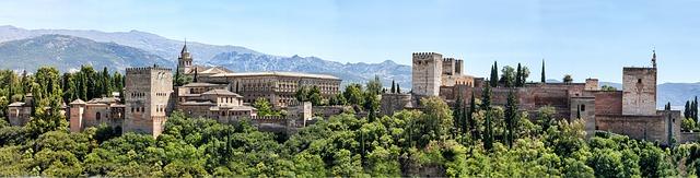 alhambra-1285842_640