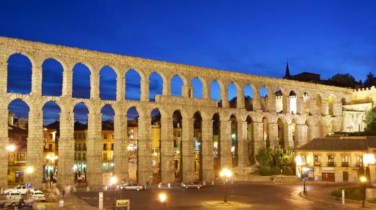 aqueduct-876322_960_720