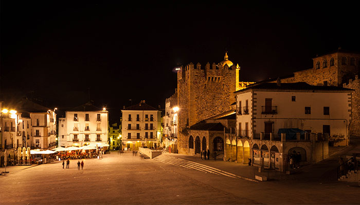 plaza-mayor-caceres